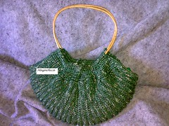 Mi version tejida de la fat bottom bag (Magnolicamdq) Tags: crochet knit knitted fatbag