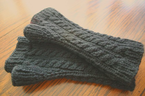 Not So Fancy Cabled Armwarmers