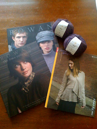 Can a bunch of Rowan magz and some alpaca save this knitter's mojo?