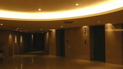 38.深夜的電梯間