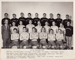 Minnesota Wrestling 1947- 48 (Mamluke) Tags: shirtless portrait male men 1948 college sports minnesota sport vintage team university retrato wrestling lutte group formal minneapolis tights uomo 1940s varsity mens mann athletes groupportrait portret wrestlers groupshot ritratto hombre hommes cru awa männer homme 1947 collegiate hombres mensen universityofminnesota vendimia uomini gagne minneapolisminnesota 男性 annata uralt mamluke varsitysports wringen vernegagne teamportrait wijnoogst verngagne