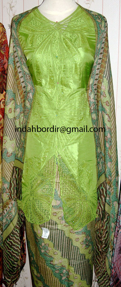 green kebaya 01 copy