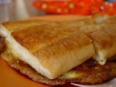 A type of roti (bread) called John ... Roti John (daifeijay) Tags: singapore makan sutra
