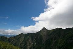 芦別岳の鋭いピークと岩稜