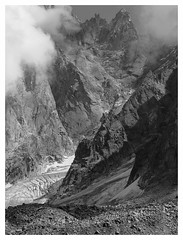 Dents bw (Manuel.A.69) Tags: mountain france alps berg montagne alpes google flickr dent getty francia montagna montblanc montebianco aiguilledumidi sommet aiguille rhnealpes muntana appert massifdumontblanc manuelappert gifranceaug