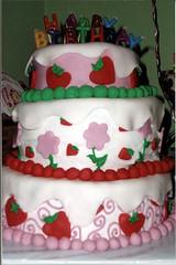 ayannas first birthday (gigiscakeboutique) Tags: birthday cake strawberryshortcake ayanna