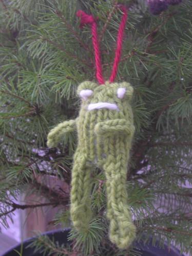 ornament-frog 08