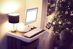 De 'Eve-TV' (Lucas | Pankra.com) Tags: eve apple macintosh g4 imac flatpanel wall•e