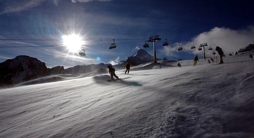 Skiing fun at Kitzsteinhorn by WeatherMaker.