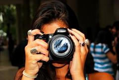 Amanda Cyclops (Ted Somerville) Tags: brazil portrait amanda rio brasil riodejaneiro lens cool nice nikon focus assignment class rings linda practicando menina aula carioca pele morena brasileira foco piel aneis practicar praticando praticar
