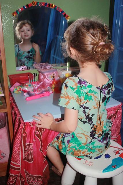 vanity, foro, girls coffee 005.jpgedit