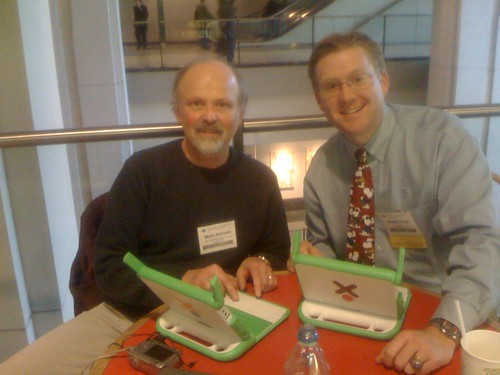 Mark Ahlness and Wesley Fryer at NCCE 2008
