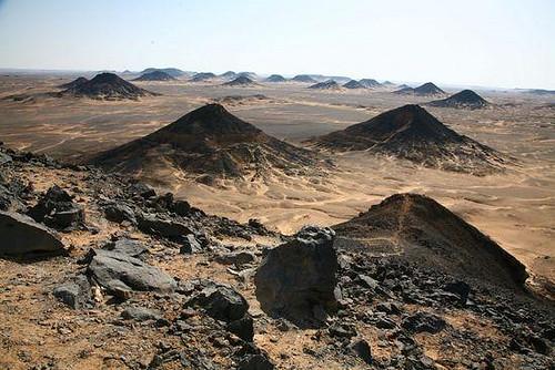 Desierto negro, El Cairo, Egipto