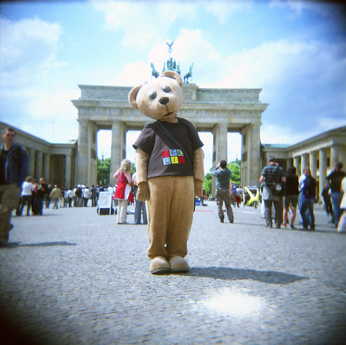 Berlin Bear does the Moxiee