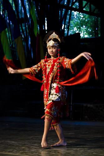 印尼 快樂村(SAUNG UDJO) 面具舞(Tari Topeng)