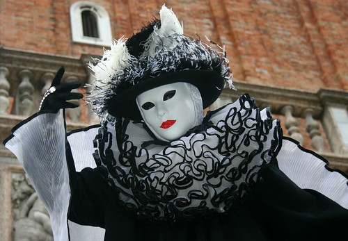 Scenes from the 2004 Carnivale in Venice (IMG_4808a)