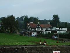 The Popinjay in Rosebank (Elizmar) Tags: history scotland walk lanarkshire rosebank popinjay crossford southlanarkshire