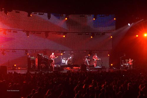 Weezer Meets Oasis