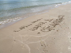 Continue Under All Circumstances, Sand Graffiti on Lake Michigan, Sheboygan County, Wisconsin, May 2008, photo © 2008 by QuoinMonkey. All rights reserved.