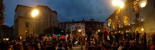 Mondragon Plaza Panorama