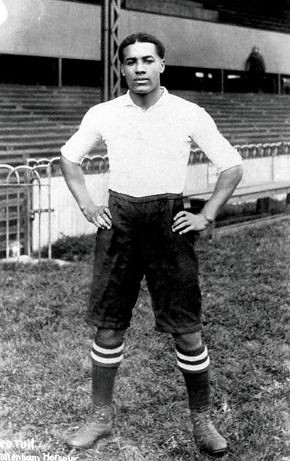 Walter Tull, footballer, in Tottenham Hotspur kit, 1909-11