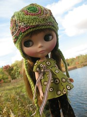 Poppy in Newark, NY (ava111sk/Dollypimp) Tags: lake ny fall hat japan toy blythe neo takara mybestfriend canandaiqua lepetitboutique megipupu