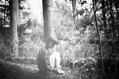 автопортрет 230й день (tomato_senya) Tags: autumn trees light selfportrait me nature dream bodylanguage 365ru