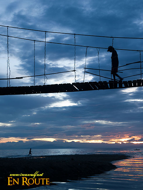 Marinduque: Chasing the setting sun and crossing bridges