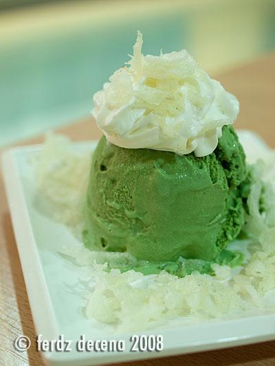 Green Tea Ice Cream (Php 38)