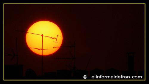 Antena y sol