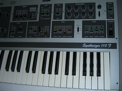 Right (~filipo~) Tags: synthesizer teisco s110f