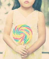 RETRO lollipop (Shana Rae {Florabella Collection}) Tags: portrait girl yellow vintage nikon child candy 85mm retro friday lollipop d700 shanarae softdreamyandethereal