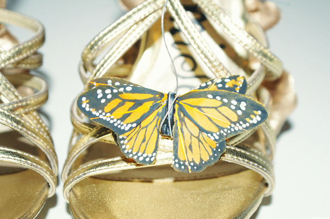 DIY-Alexander-McQueen-Monarch-Shoes-finishbutterfly-10