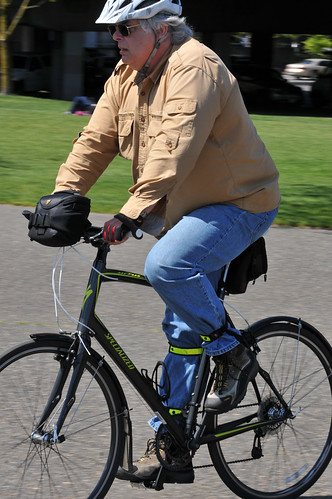 People on Bikes - Waterfront-3-2