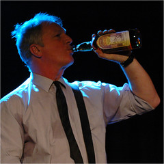 milk & alcohol (BlueBreeze) Tags: concert live 2008 karlsruhe drfeelgood stevewalwyn