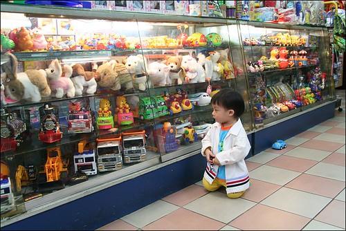 2008清明(玩具店)06