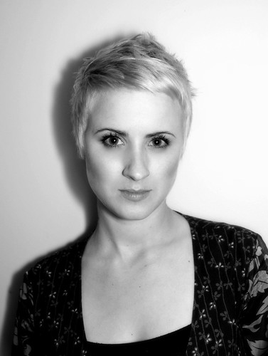keywords: short haircuts, short haircuts for women in their 30's,