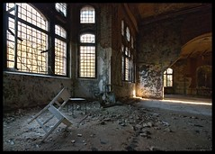 Ray of light (Superlekker) Tags: berlin abandoned broken hospital germany deutschland decay eerie sanatorium exploration derelict brandenburg krankenhaus dereliction trashed verlassen tbc klinik tuberculosis militaryhospital lungenheilanstalt beelitz sperrgebiet sowjetarmee lazarett landesversicherungsanstalt rawtherapee heilanstalt beelitzheilstatten sovietarmyhospital itsastrangeplace anjalieder copyrightanjalieder2008