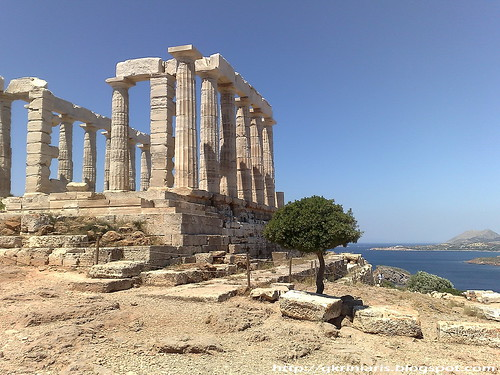 The temple of Poseidon at Sounio cape
