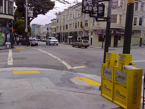 An image of a crossroad intersection in San Franscisco.