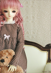 My Adelaida has arrived !!!! (MiriamBJDolls) Tags: bear rose doll sofa sd bjd superdollfie volks limitededition adelaida tanyastyle hometowndolpakyoto5