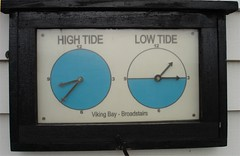 High Tide - Low Tide (bartmaguire) Tags: clock tide broadstairs vikingbay