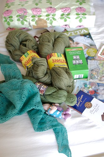 Knitter's treasure swap