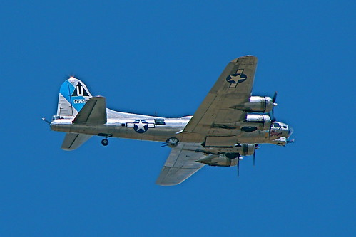"Warbird picture - Boeing B-17 Flying Fortress ""Sentimental Journey"""
