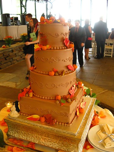 FallThemed Wedding Cake