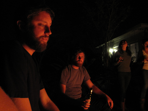 bonfire - Mucho Gusto hombre