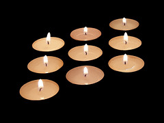 Velas Blancas - White Candle by ceroes3