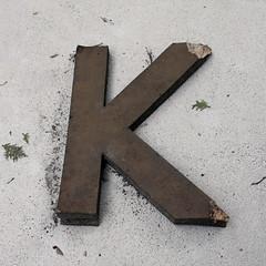 letter K (Leo Reynolds) Tags: cemetery k canon eos iso400 28mm letter f8 kkk oneletter cemeteryletter 0ev 0008sec 40d cemeteryperelachaise hpexif grouponeletter xsquarex groupcemeteryletters xleol30x xratio1x1x xxx2008xxx