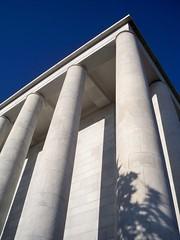 colonne (Silvia_Vanni) Tags: roma lines shadows ombre eur colum colonne linee styleisfashion
