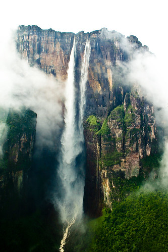 Salto Ángel, in Canaima: The highest waterfall in earth